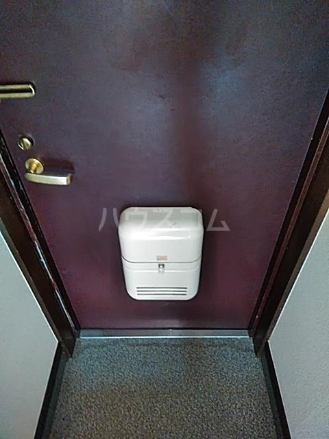 レジデンスGOOD 110号室の玄関