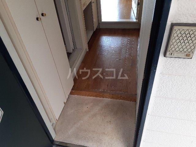 Azur新守山 107号室の玄関