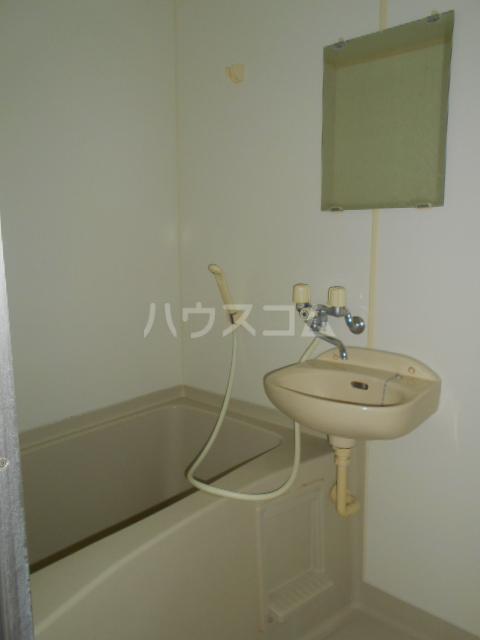 コーポ村上 206号室の風呂