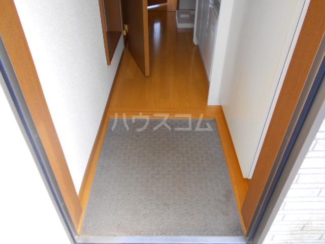 コーポ村上 206号室の玄関