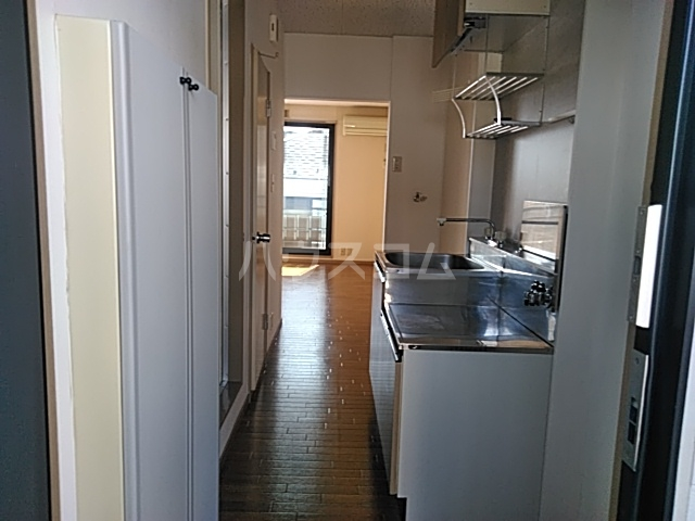 ロワール湘南 B 104号室のキッチン