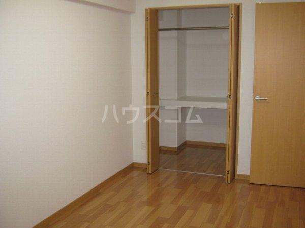 アートタウン ハル 103号室のベッドルーム