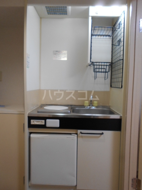 パールハイツ 102号室のキッチン