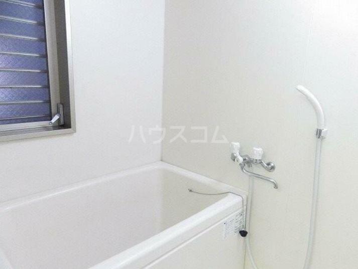 雅マンション湘南台 203号室の風呂