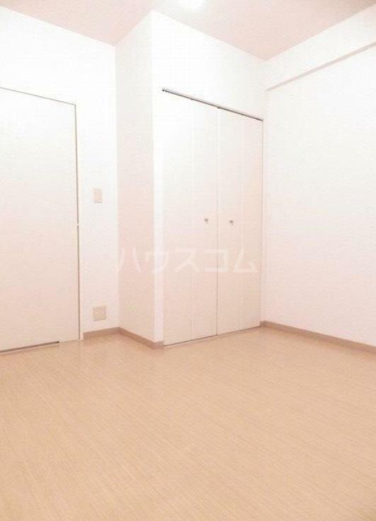 雅マンション湘南台 203号室のベッドルーム