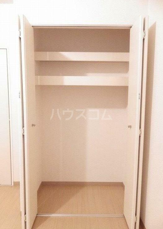 雅マンション湘南台 203号室の収納