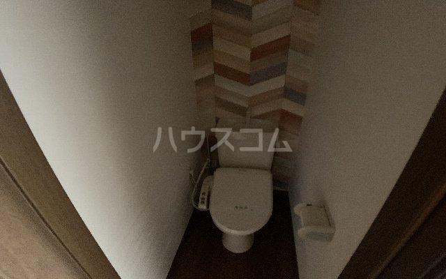 カーサモンフォール 105号室のトイレ