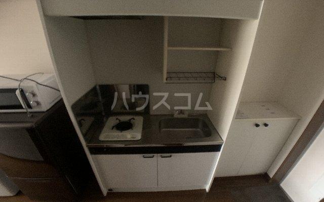 カーサモンフォール 105号室のキッチン