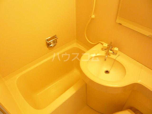 アークス太子堂 305号室の風呂