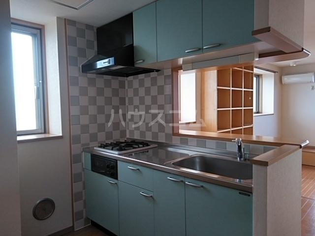 ルネス・ピュール 403号室のキッチン