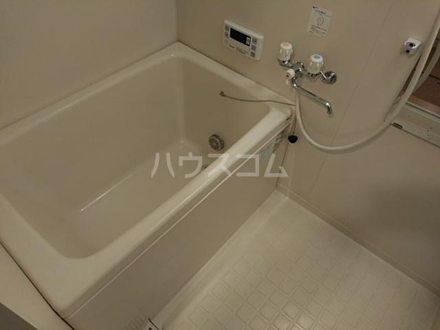 ルネス・ピュール 403号室の風呂