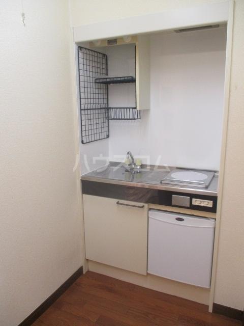 グランデールK 105号室のキッチン