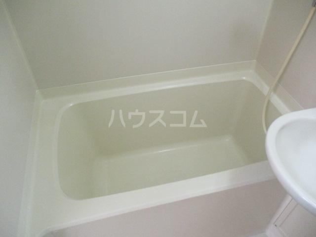 グランデールK 105号室の風呂