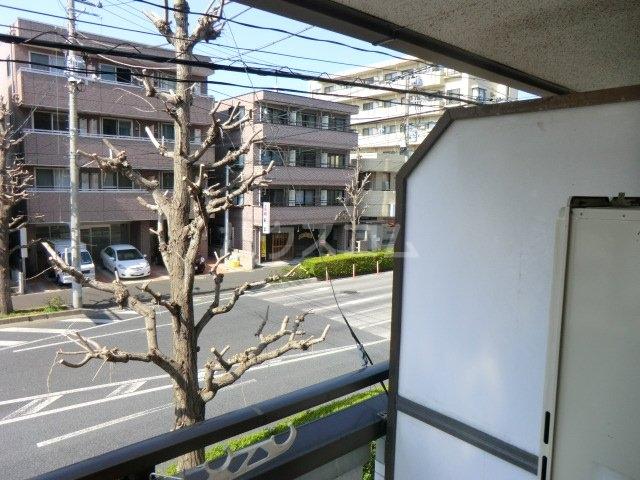サンネコザネ 203号室のバルコニー