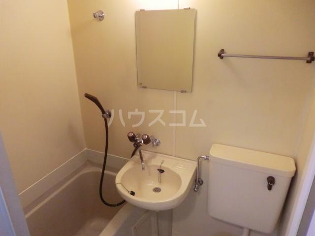サンネコザネ 205号室の洗面所