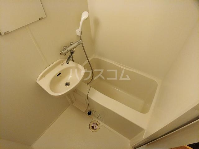 レオパレス大和 107号室の風呂