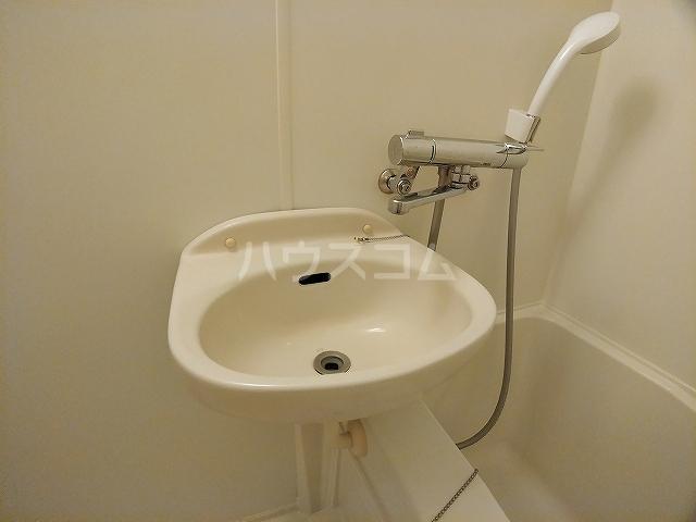 レオパレス大和 107号室の洗面所