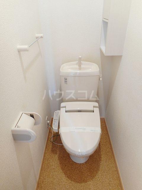 クラール・ブリーゼⅠ 01010号室のトイレ