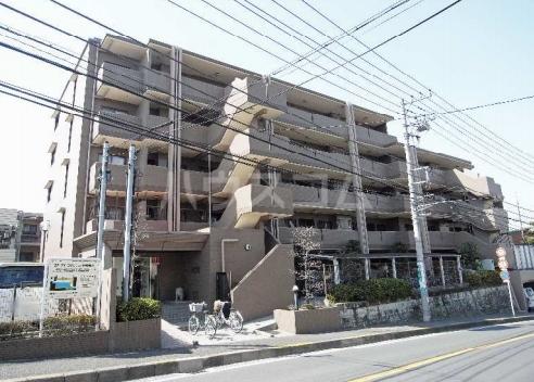 北寺尾大滝マンションの外観