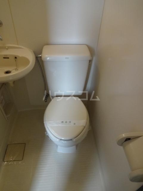 コーポY 201号室の洗面所