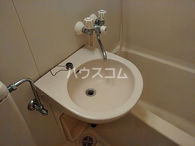 ライオンズマンション伊勢佐木町西第2 314号室の洗面所
