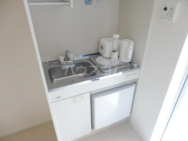 ロックヒル根岸 202号室のキッチン