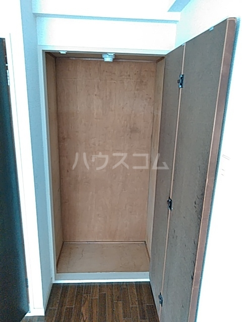 プライムホームズ 407号室の収納