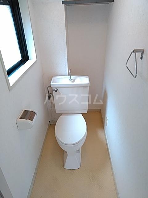 プライムホームズ 407号室のトイレ