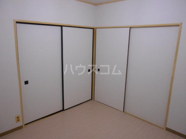永倉荘 201号室のベッドルーム