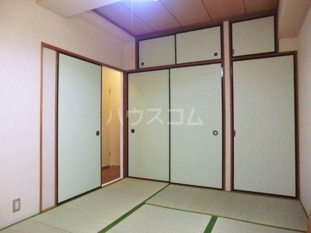 シンセカンドビル 00303号室の居室