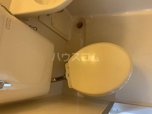 サンハイムひばりが丘 302号室のトイレ