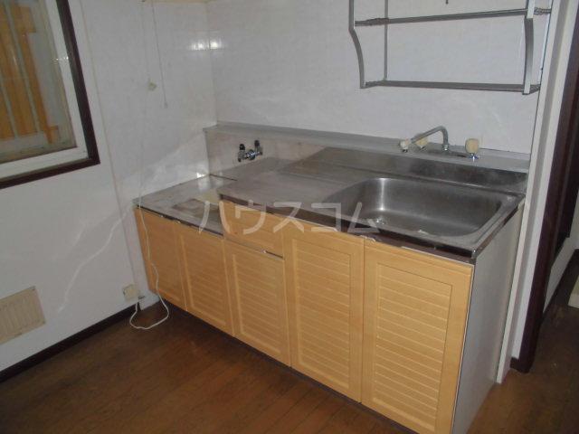 サンビレッジ三沢2 102号室のキッチン