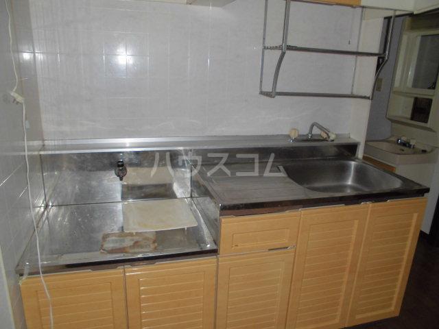 サンビレッジ三沢3 202号室のキッチン
