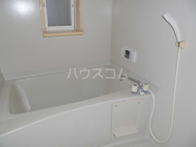 サンビレッジ三沢3 202号室の風呂