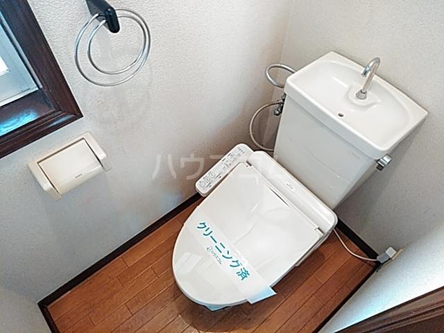 ストークハイツ中田 00202号室のトイレ