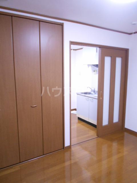 南風荘 103号室のベッドルーム