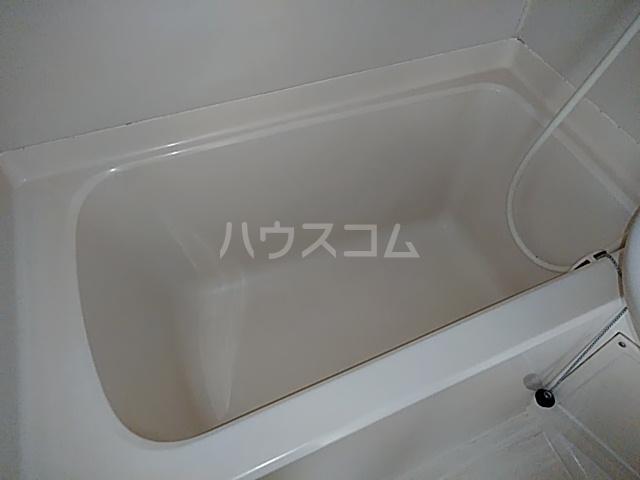 ケイエムハイツ 201号室の風呂