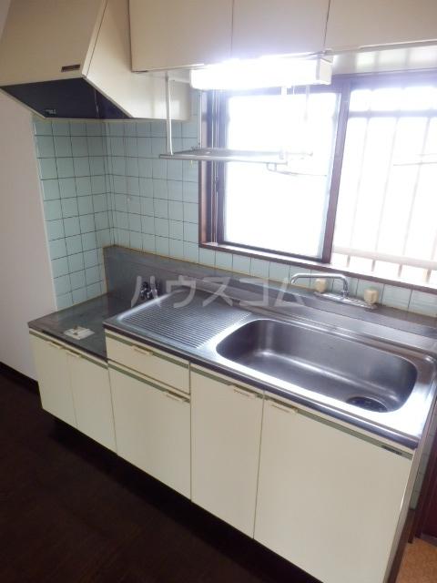プティシャトレJIS 00302号室のキッチン