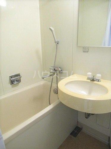 武蔵野サンハイツ滝山パート1 103号室の洗面所