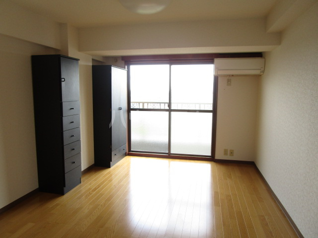 シンセリティ津田 403号室のリビング