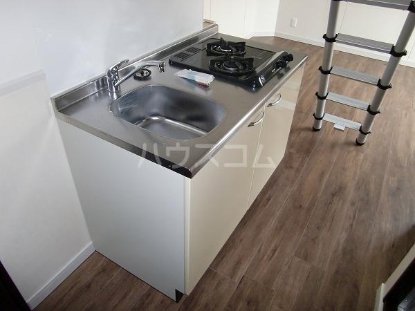 アベニール 00302号室のキッチン