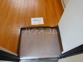コーポK 301号室の玄関