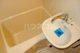 コーポK 301号室の洗面所