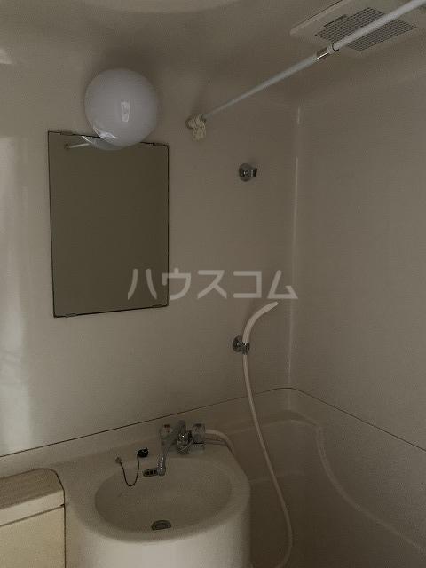 メゾンブランシュ 302号室の風呂