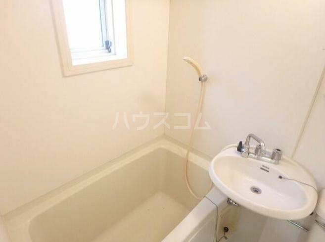 フルーレ国分寺 201号室の風呂