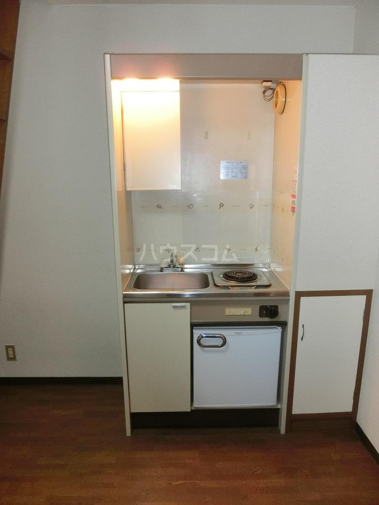 シャルム保谷B棟 201号室のキッチン