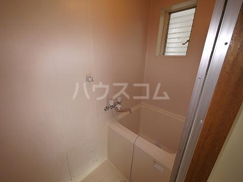 パリワール 102号室の風呂