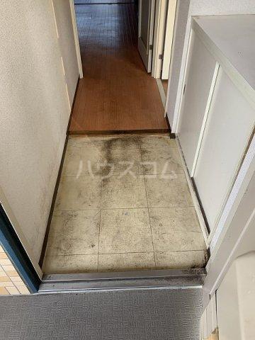 パルシオ西原 2号棟 105号室の玄関