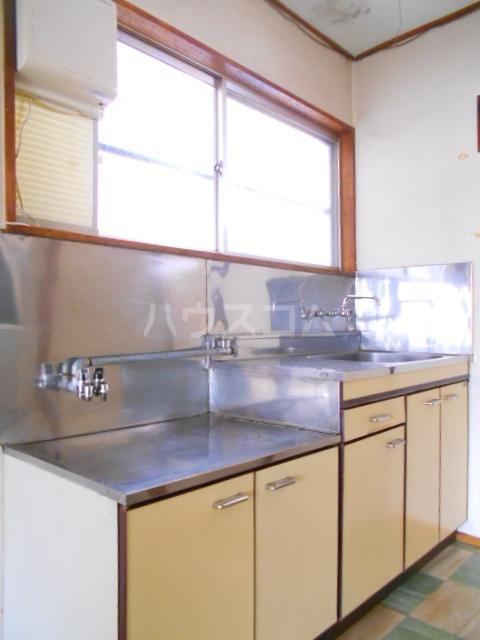 南町ハウス 102号室のキッチン