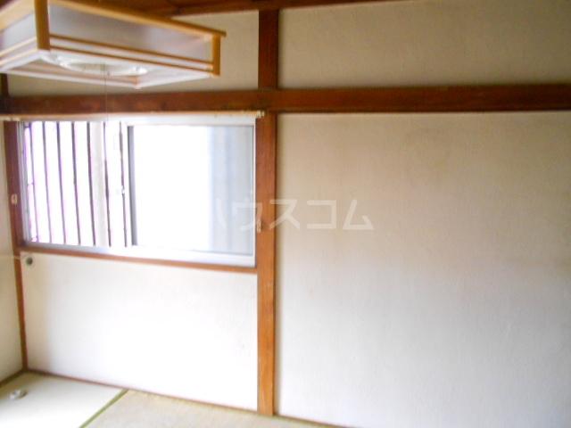 南町ハウス 102号室の居室